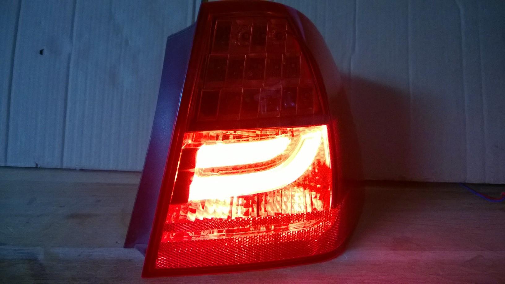 Reparatur von lampen tylnych bmw serii 3 e90 lift for Lampen reparatur