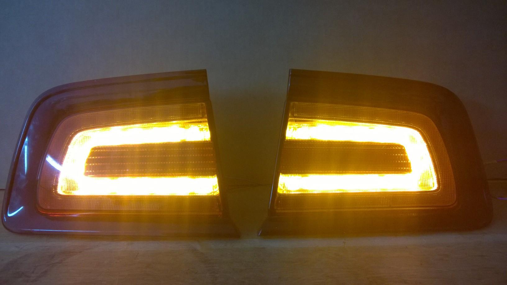 Reparatur von lampen tylnych dodge charger srt8 for Lampen reparatur